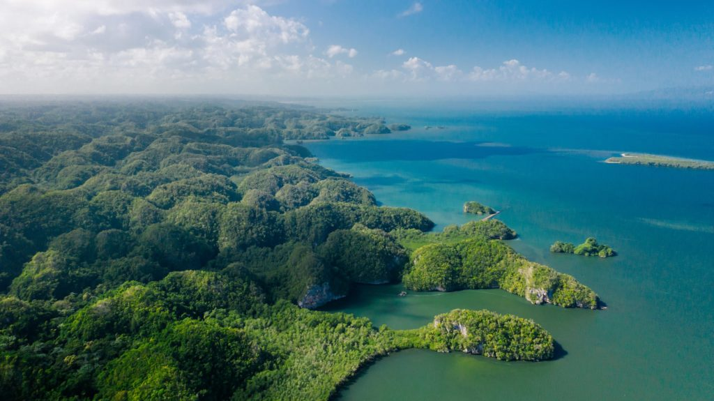 Parque-Nacional-Los-Haitises-by-kumantsova-productions